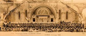 Lourdes 18-24 Giugno 1952 Primo pellegrinaggio italiano di soli sacerdoti ammalati.